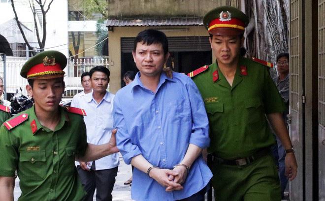 Kết quả hình ảnh cho Người chồng khai không giết, chỉ bỏ vợ bị ngất xỉu vào thùng phuy nước ở Sài Gòn lãnh án chung thân