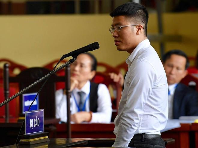 Hoàng Thành Trung là ai, vì sao liên tục bị bêu tên trong vụ án cựu tướng Phan Văn Vĩnh? - Ảnh 8.