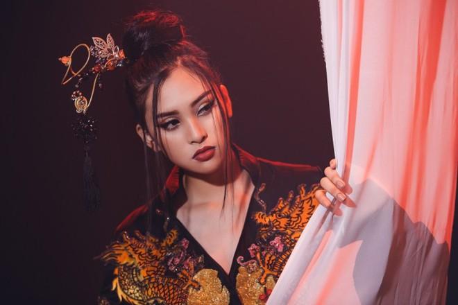 Hoa hậu Tiểu Vy xuất sắc lọt vào vòng 2 phần thi tài năng Miss World 2018 - ảnh 5