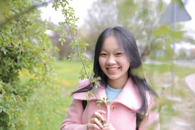 Thân thế con gái nuôi vừa tròn 18 tuổi của Đàm Vĩnh Hưng - Ảnh 13.