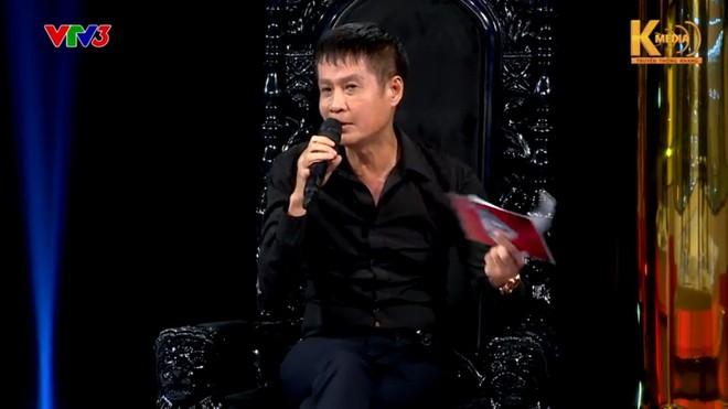 Tiến sĩ Lê Thẩm Dương phản bác quan điểm sống đẹp của đạo diễn Lê Hoàng - Ảnh 2.