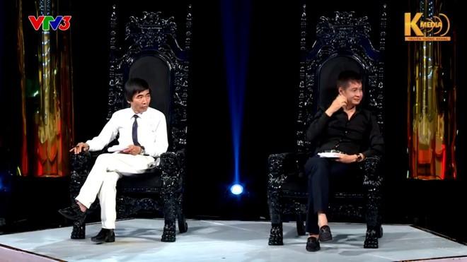 Tiến sĩ Lê Thẩm Dương phản bác quan điểm sống đẹp của đạo diễn Lê Hoàng - Ảnh 1.