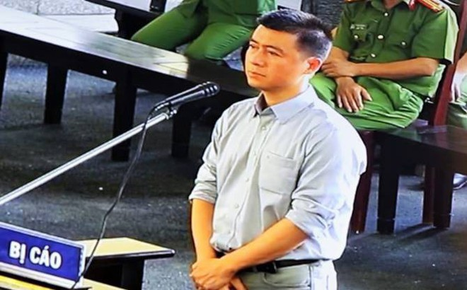 Phút mủi lòng của Phan Sào Nam khi chứng kiến chị họ liên tục khóc ở sân tòa