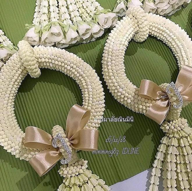 Đám cưới cặp quyền lực nhất Tbiz Push Puttichai và Jooy: Hôn lễ truyền thống siêu sang, dàn phù dâu phù rể khủng - Ảnh 2.
