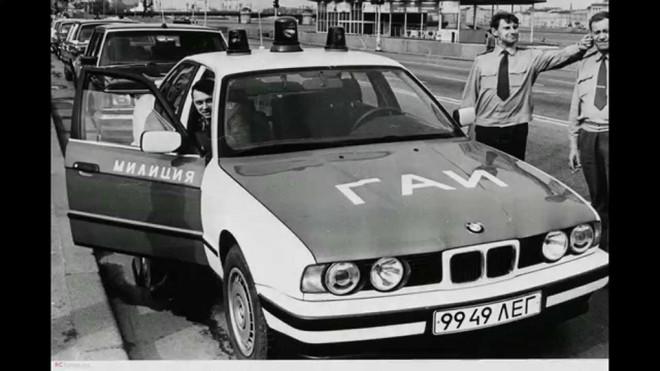 Tại sao cảnh sát Liên Xô được cấp xe Porsche, Mercedes, BMW để làm nhiệm vụ? - Ảnh 7.