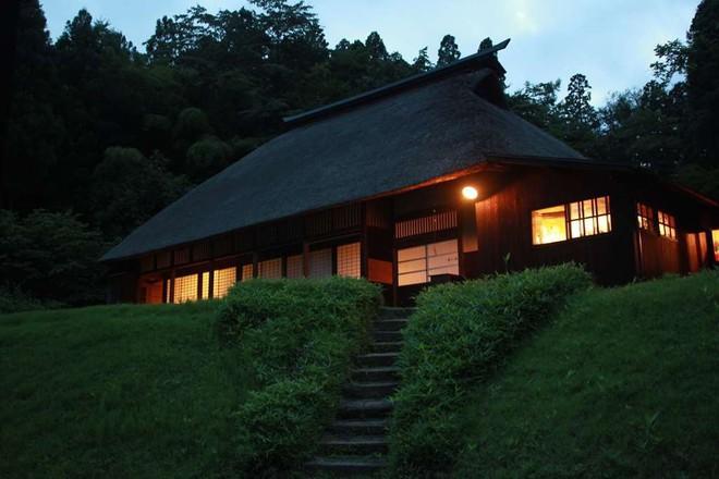 Những ngôi nhà an yên đẹp tựa tranh vẽ ở vùng nông thôn Nhật Bản - Ảnh 16.
