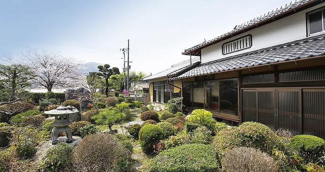 Những ngôi nhà an yên đẹp tựa tranh vẽ ở vùng nông thôn Nhật Bản - Ảnh 24.