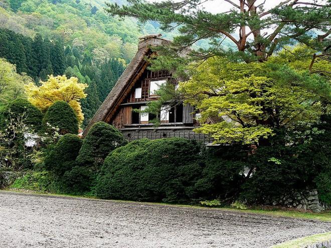 Những ngôi nhà an yên đẹp tựa tranh vẽ ở vùng nông thôn Nhật Bản - Ảnh 25.