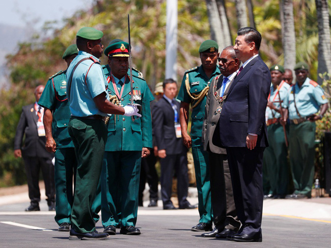 Ông Tập Cận Bình thăm nước chủ nhà APEC 2018: Một hành động bất thường đã xảy ra - Ảnh 4.