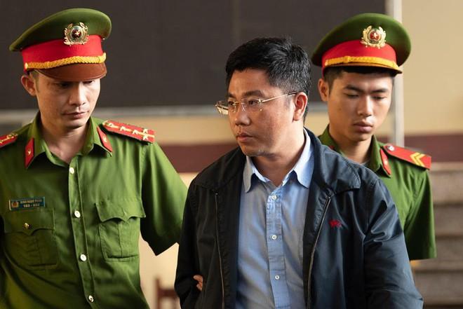 Căn phòng 'lạ' treo biển tên cựu tướng Nguyễn Thanh Hóa chỉ trong 1 tháng - ảnh 1