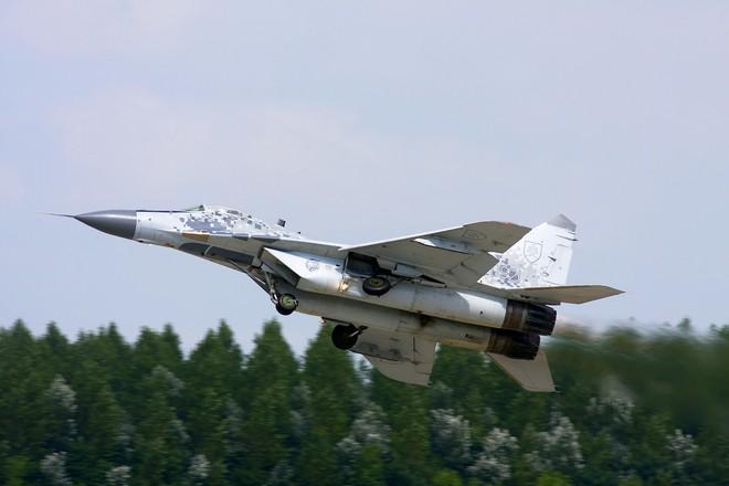 MiG-29, Mi-17 - Vũ khí Nga sắp bị loại không thương tiếc ở nước từng sát cánh cùng Liên Xô - Ảnh 1.