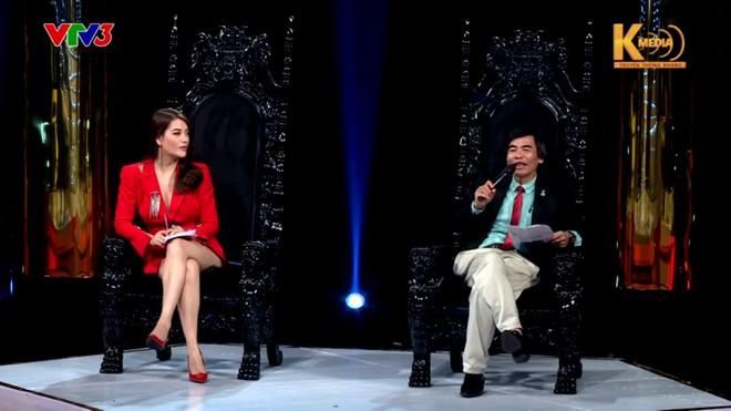 Tiến sĩ Lê Thẩm Dương: Các chị trong showbiz lấy chồng không phải bằng não mà là cảm xúc! - Ảnh 1.