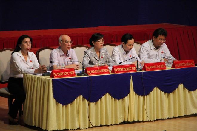 Cử tri quận 2 đặt câu hỏi trách nhiệm với Đại biểu Quốc hội TP HCM  - Ảnh 2.