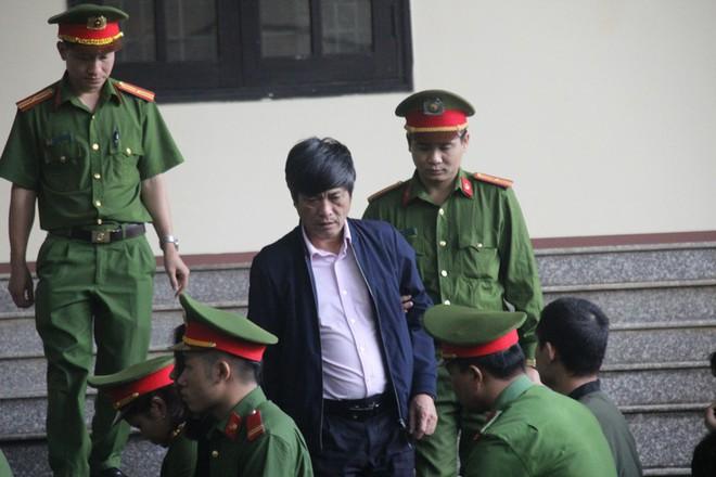Cựu tướng Nguyễn Thanh Hóa 'xin lỗi nghìn lần' vì phản cung, xin nhận tội - ảnh 2