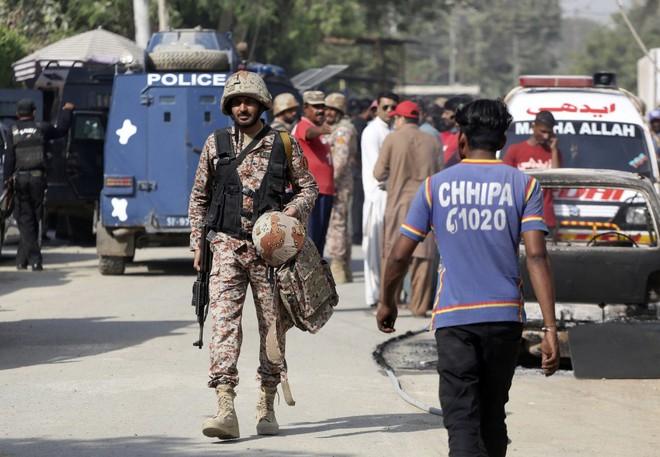 Nhóm ly khai Pakistan tuyên bố nổ súng vào lãnh sự quán Trung Quốc tiết lộ động cơ  - Ảnh 4.