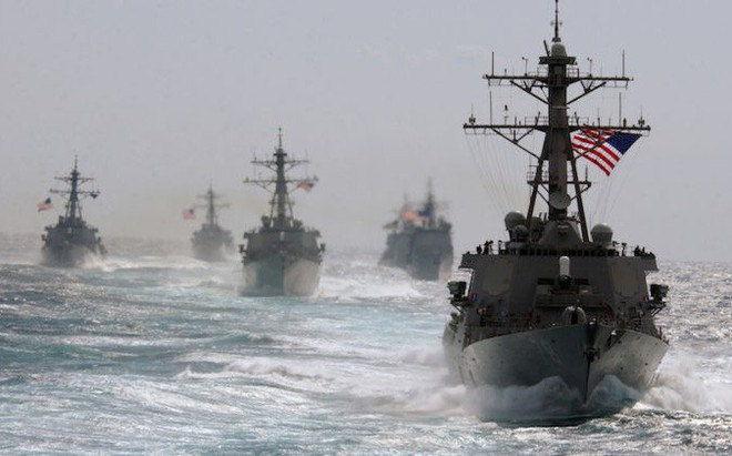 """Đụng độ Nga-Ukraine: Mỹ """"quá khờ dại"""" nếu quyết định điều hải quân tới biển Azov"""