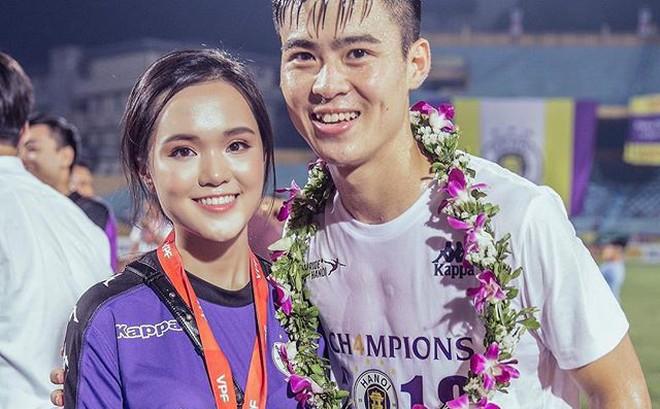 Em vợ Văn Quyết dậy sớm mua đồ cho nam vương AFF Cup 2018