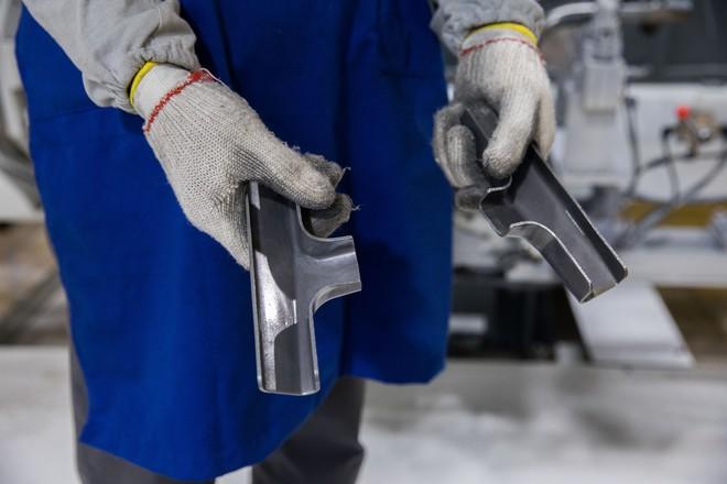 [Ảnh] Cận cảnh xưởng hàn xe máy điện của VinFast - Ảnh 9.