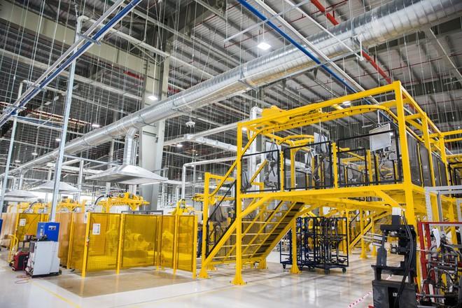 [Ảnh] Cận cảnh xưởng hàn xe máy điện của VinFast - Ảnh 16.