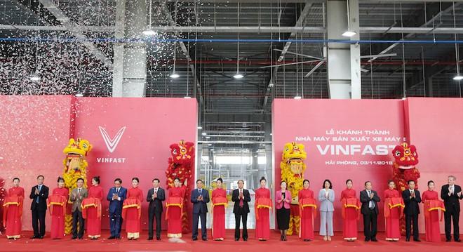 Lễ khánh thành và ra mắt xe điện đầu tiên của VinFast - Ảnh 3.