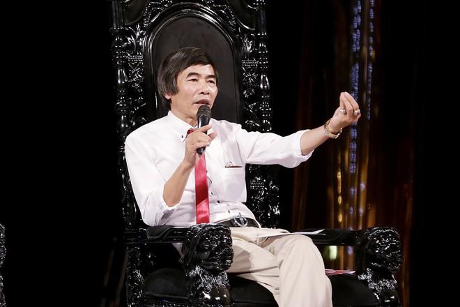 Tiến sĩ Lê Thẩm Dương: Vô cảm là bệnh của toàn xã hội công nghiệp này rồi - Ảnh 3.