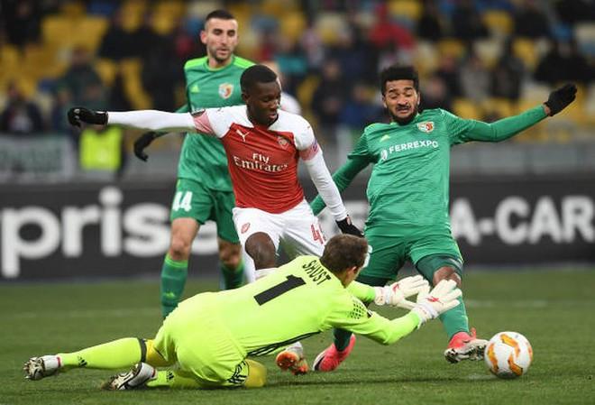 Toàn cảnh Vorskla 0-3 Arsenal: Pháo trẻ mở đại tiệc - Ảnh 3.