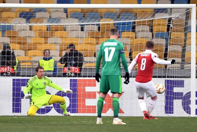 Toàn cảnh Vorskla 0-3 Arsenal: Pháo trẻ mở đại tiệc - Ảnh 6.