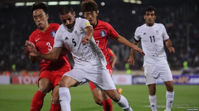 Sai lầm ngay phút thứ 2, Hàn Quốc cay đắng nhìn đối thủ lên ngôi theo kịch bản nghẹt thở - Ảnh 1.