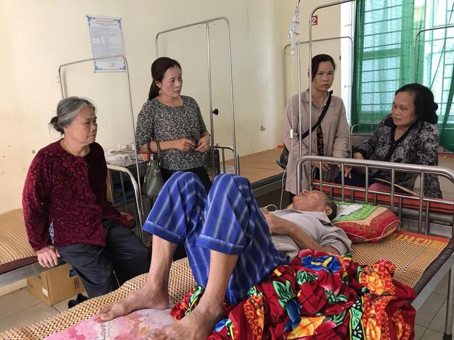 Cụ ông 74 tuổi kể lại giây phút vật lộn sinh tử với kẻ sát hại bà giáo già ở Hưng Yên - Ảnh 4.