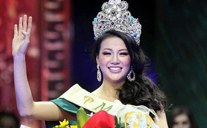 Tân Hoa hậu Trái đất Phương Khánh phản hồi chính thức về việc hẹn hò bác sĩ Chiêm Quốc Thái