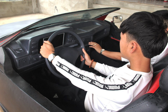 Cận cảnh siêu xe mui trần Lamborghini chờ ngày rước dâu được chế từ xe đồng nát của 9X Hà Tĩnh - Ảnh 18.
