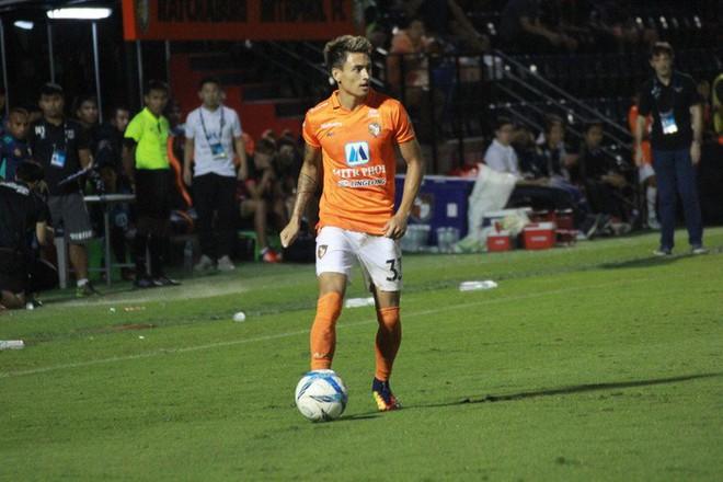 Duy Mạnh và những hậu vệ hay nhất tại AFF Cup 2018 - Ảnh 1.
