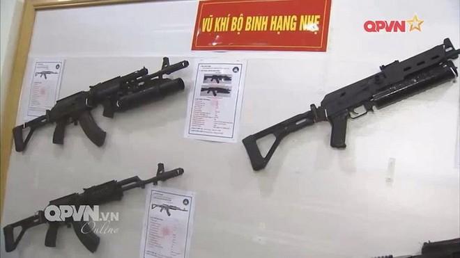 Súng trường tấn công kết hợp Galil ACE và AKM độc nhất vô nhị của Việt Nam - Ảnh 2.