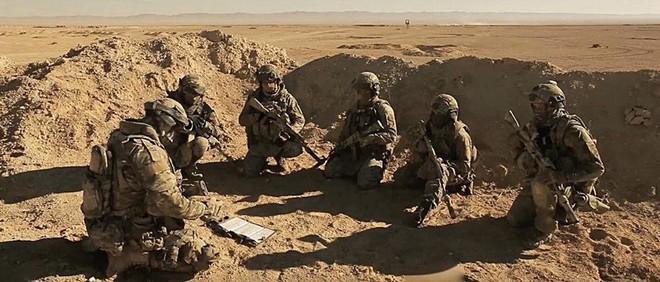 Đặc nhiệm Nga dồn về miền Nam Syria: Thọc mũi dao kết liễu IS ngay tại hang ổ - Ảnh 2.