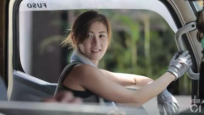 Cô gái Hongkong mình hạc xương mai 10 năm làm nghề bốc vác - ảnh 11