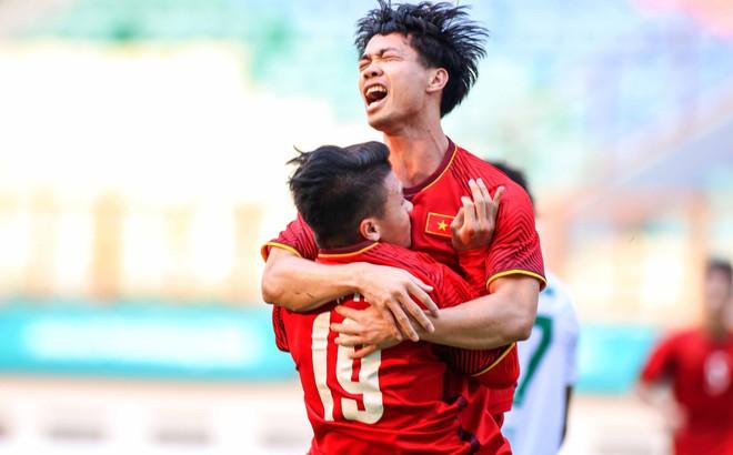 """Trận đánh đầu của HLV Park Hang-seo, hi vọng đặt cả vào """"con bài tẩy"""" Công Phượng"""