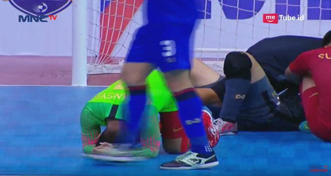 Thái Lan thắng nghẹt thở sau trận cầu đẫm nước mắt, hẹn Việt Nam ở chung kết giải ĐNÁ - Ảnh 5.