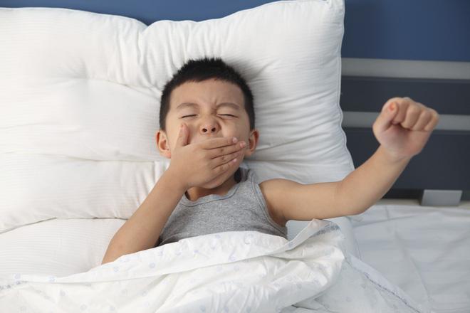 5 việc bố mẹ cần phải bỏ ngay nếu không muốn hại con, việc số 1 nhiều người đang mắc phải - Ảnh 3.