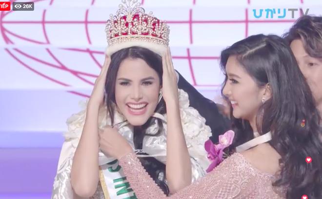 """Venezuela đăng quang, đại diện Việt Nam """"trắng tay"""" sau đêm thi chung kết kéo dài lê thê của Hoa hậu Quốc tế 2018"""