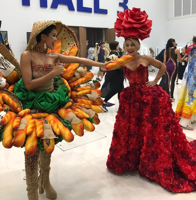 Phản ứng bất ngờ của cộng đồng quốc tế khi HHen Niê trình diễn trang phục bánh mì - Ảnh 2.