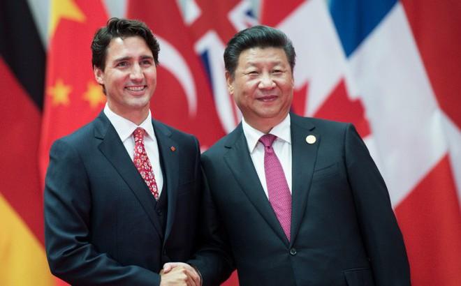 """""""Con cưng Huawei bị đánh"""": Tức giận trút đòn lên Canada nhưng Trung Quốc cũng tả tơi?"""