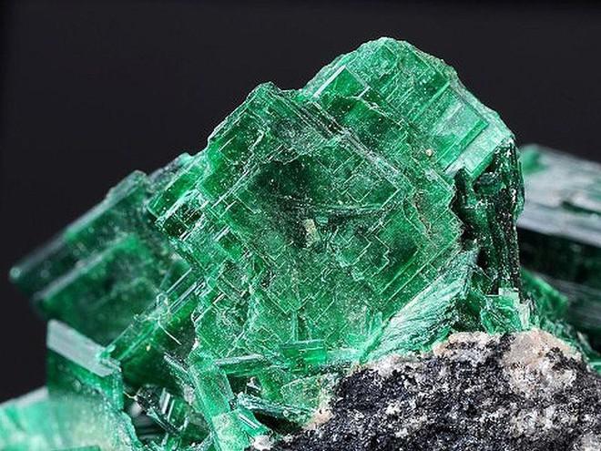 10 khoáng sản đẹp nhưng nguy hiểm nhất Trái Đất: Chạm vào là có thể gặp Thần Chết - Ảnh 4.