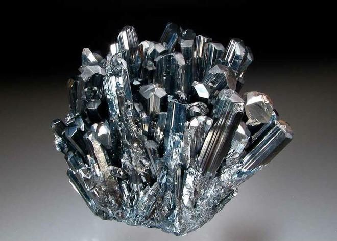 10 khoáng sản đẹp nhưng nguy hiểm nhất Trái Đất: Chạm vào là có thể gặp Thần Chết - Ảnh 7.