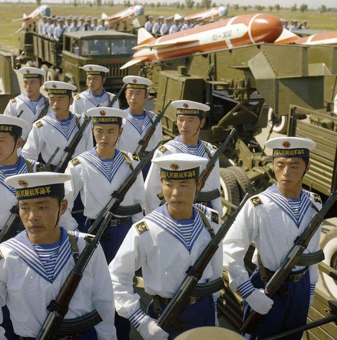 Ngạc nhiên trước hình ảnh Quân đội Trung Quốc cách đây hơn 3 thập kỷ - ảnh 11