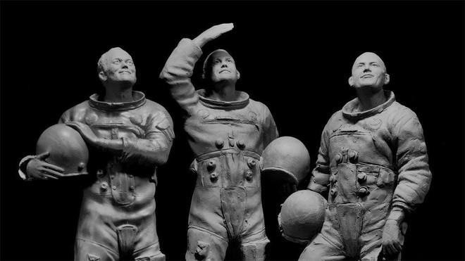 Bí mật cuộc đổ bộ Mặt Trăng đầu tiên của NASA: Kịch bản ám ảnh phi hành gia thứ 3 - Ảnh 7.