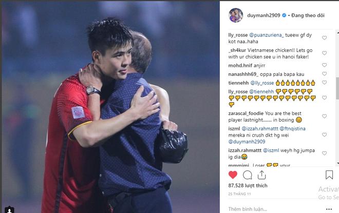 Tài khoản cá nhân của Duy Mạnh bị CĐV Malaysia tấn công sau trận chung kết lượt đi - Ảnh 2.