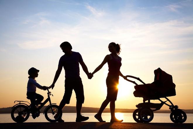 Chồng và mẹ chồng hợp sức đuổi con dâu ra khỏi nhà, 2 năm sau gặp lại, mẹ chồng phải xấu hổ - Ảnh 5.