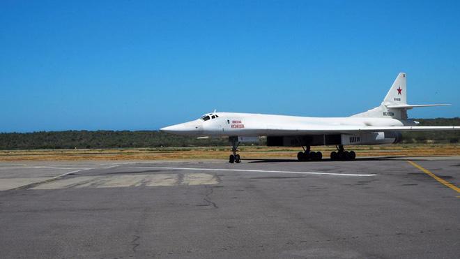 Viễn cảnh khiến Washington lạnh gáy: Máy bay ném bom Nga thình lình xuất hiện khắp châu Mỹ - Ảnh 1.
