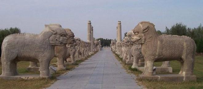 Xuống lăng mộ bí ẩn và vĩ đại nhất thế giới, chứa hàng ngàn tấn báu vật - Ảnh 13.