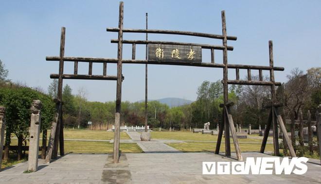 Xuống lăng mộ bí ẩn và vĩ đại nhất thế giới, chứa hàng ngàn tấn báu vật - Ảnh 6.